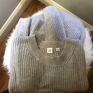 Gap knit sweater in light gray